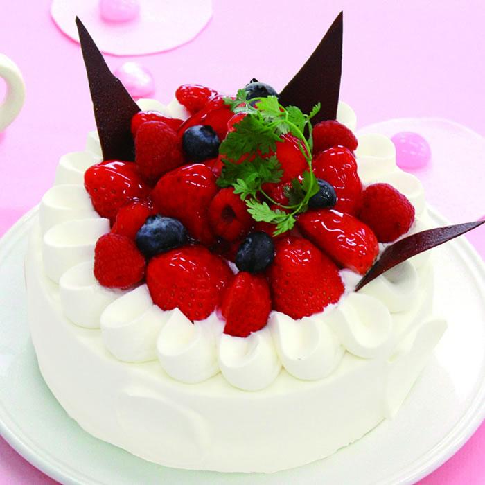 スリーベリーデコレーション-デコレーションケーキ